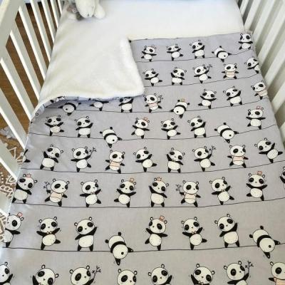 Couverture avec motifs pandas